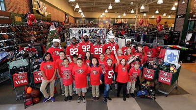 Visa 49ers: Shop with a player